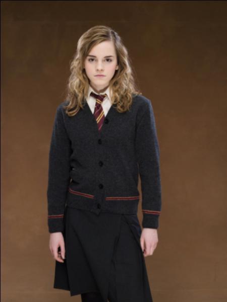 Comment Graup (le demi-frère géant d'Hagrid) surnomme Hermione ? (Film 5)