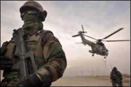 Dans quel pays, soupçonné de servir de base à des organisations terroristes islamiques et d'héberger Ben Laden, les américains ont-ils décidé d'intervenir militairement un mois après les attentats ?