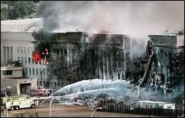 Quel bâtiment fédéral américain a été percuté par un avion de ligne près de Washington ?