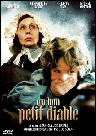 Le bon petit diable est un gamin de 12 ans élevé par sa cousine, la veuve -----.