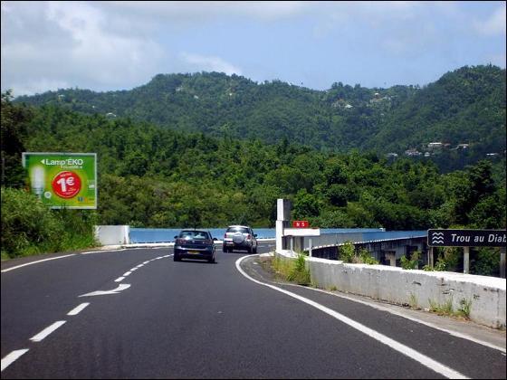 Quelle est cette commune de Martinique où se situe Le pont sur le Trou au Diable ?