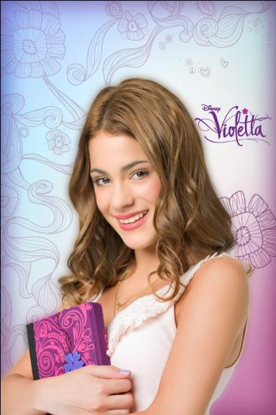 Quels sont les 2 objets que Violetta emmène partout où elle va ?