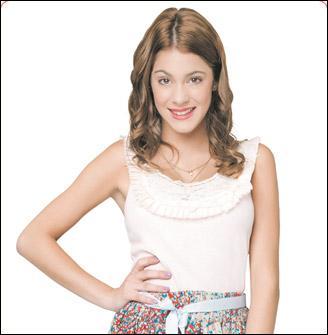 Quel âge a Violetta dans la première saison ?