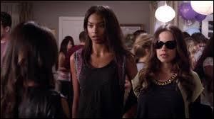 Quel lien y a-t-il entre Jenna et Shana ?