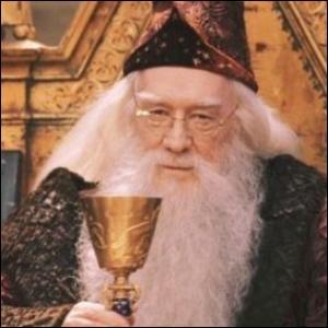 Quel est le discours de Dumbledore en début de festin ?