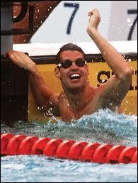 Mark Tewksbury est un nageur canadien qui a remporté le 100 m dos aux Jeux olympiques en 1992. Dans quelle ville se déroulaient ces jeux ?