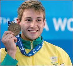 Aux Jeux olympiques de Pékin, les Chinois ont failli rafler les huit médailles d'or en plongeon. Matthew Mitcham, né à Brisbane, a remporté la victoire en haut-vol à 10 m. Pour quel pays ?