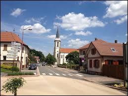 Nous traversons la commune de Lampertheim (Alsace). Nous sommes dans le département n° ...