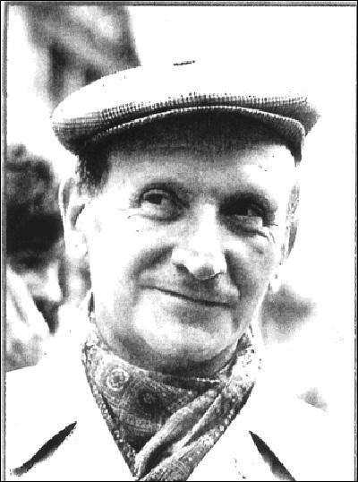 Pendant ce temps la Résistance européenne agissait. Cette personne (photo) a fait partie de la résistance parisienne des FTP-MOI. Il a été déporté. Après guerre, il est devenu secrétaire général d'un syndicat français, la CGT.Qui est cette personne ?