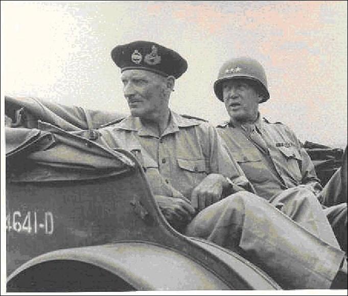 Grand général américain, un peu bizarre, il croit en la réincarnation. Il fut l'un des vainqueurs des combats en Afrique du Nord, en Normandie et en Ardennes. Il est mort peu de temps après la fin du conflit en Europe.Qui est-ce ?