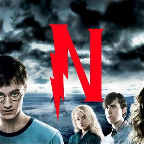 N. À part le fameux Nigel, quel autre personnage n'apparaît que dans les films (et donc n'existe pas dans les livres) ?