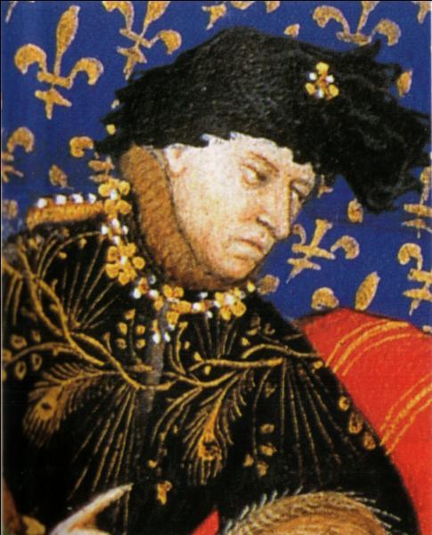 En 1402 la troupe est installée à l'hôpital de la Sainte-Trinité à Paris, premier théâtre permanent de France. On y joue des mystères, des farces et des moralités. Mais quel roi, que l'on nommait aussi  le Fol ,  l'Insensé  ou  le Bien Aimé , l'a installée là ?