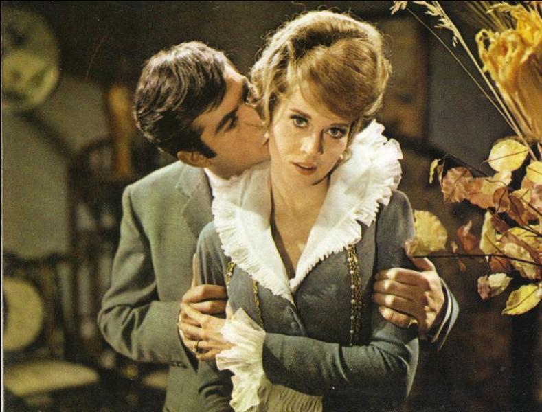 Un  remake  de ce film sortit sur les écrans en 1964, avec Jane Fonda et Jean-Claude Brialy, réalisé par :