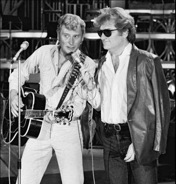 Lequel d'Eddy ou de Johnny, nous a appris à danser le Mashed potatoes avec l'une de ses chansons ?