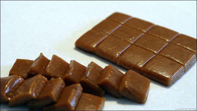 Dans quel album demande-t-on à Tintin si il aime les caramels mous ?