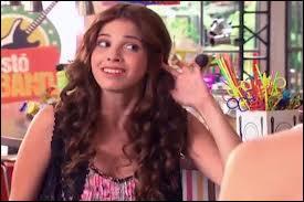 Elle joue dans une série sur Disney Channel comment s'appelle cette série ?