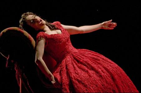 L'héroïne de la pièce se prénomme Marguerite. Quel sera son prénom dans l'opéra ?