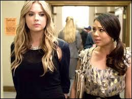 Qui Spencer, Hanna et Mona soupçonnent-ils d'être  Manteau Rouge  ?