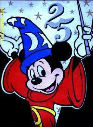 Quel est le titre du  premier long métrage (1940) dans lequel apparaît Mickey ?