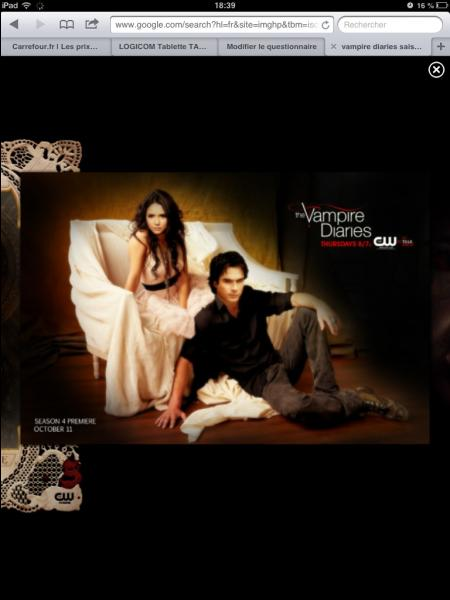 À la fin de l'épisode, que dit Elena à Damon ?
