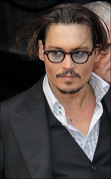 Qui joue le rôle de Jack Sparrow ?