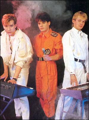 Quel est ce trio infernal ? Ça vous savez ( forever young ) !
