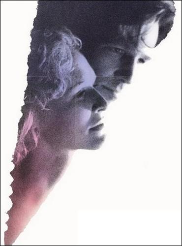 Dans le thriller  À double tranchant , quelle actrice tombe amoureuse de Jeff Bridges, qui ne semble pas avoir dit toute la vérité sur le meurtre de sa femme... ?