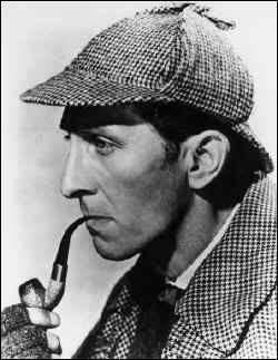 Comment s'appelle le détective dans les aventures policières d'Arthur Conan Doyle ?