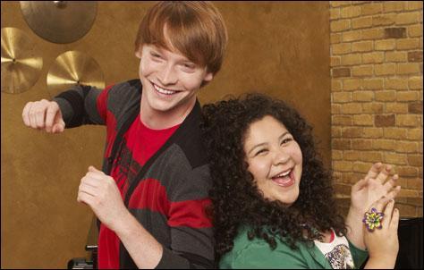 Comment s'appellent les deux autres ami(e)s d'Austin et Ally ?