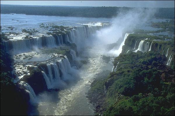 Reconnaissez-vous ces chutes d'eau ?