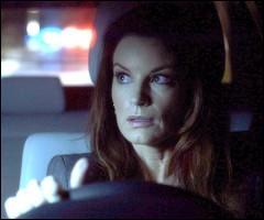 Dans la saison 1, où la mère d'Hanna cachait-elle l'argent volé de la banque ?