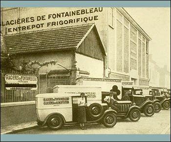 Les Glacières de Fontainebleau fabriquaient des pains de glace hydrique avant de commercialiser des produits surgelés sur catalogue, en 1962. Quel nom prit-elle alors ?
