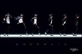 Quand a-t-il fait pour la première fois le moonwalk ?