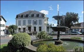 Station thermale d'Aquitaine, Cambo-les-Bains se site dans le département ...
