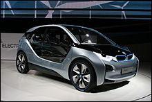 Quelle est la dernière voiture présentée par BMW à ce jour (septembre 2013) ?