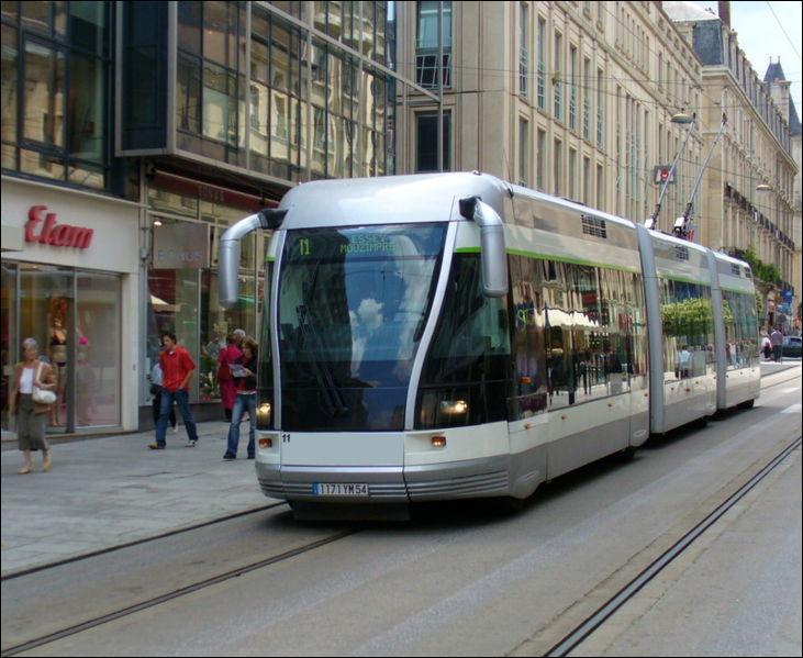 Quelle ville ne possède pas encore de ligne de Tramway ?