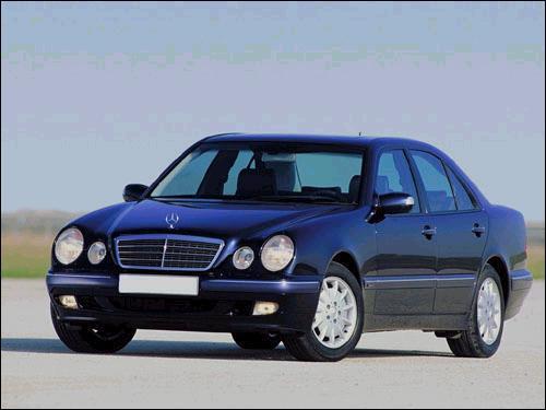 Mercedes-Benz E-Class E210