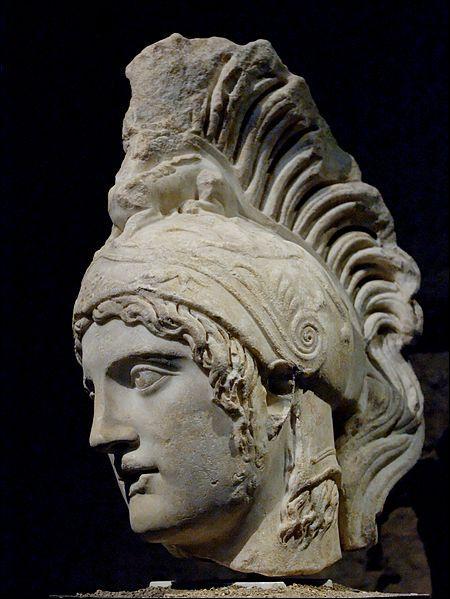 Arès et sa maîtresse Aphrodite, femme d'Héphaïstos, engendrèrent des jumeaux. Qui sont-ils ?