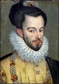Quel est le nom du moine dominicain qui lui a porté le coup de dague fatal ? Sa victime est le dernier souverain de la Maison capétienne de Valois.