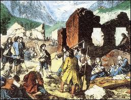 Comment s'appelle la révolte des paysans protestants (les Camisards) à la suite de cette révocation ?