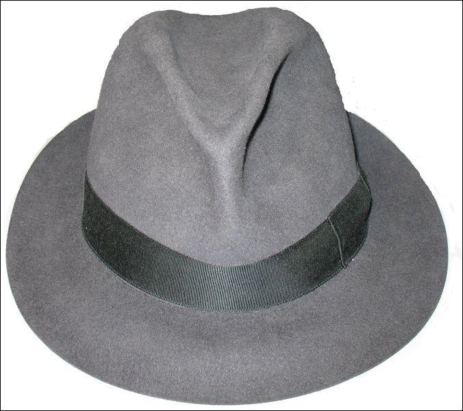 Le chapeau qui fut utilisé par les mafieux en leur temps