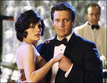 Lors d'une soirée caritative, à laquelle Castle et Beckett vont assister pour raison d'enquête, Castle va avoir la surprise de découvrir sa mère en animatrice de la soirée. Et pire encore... ?