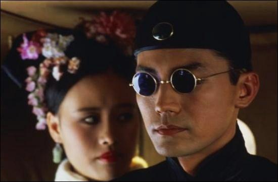 En 1908, deux jours avant de mourir, l'impératrice Tseu-Hi désigne Puyi, âgé alors d'environ 3 ans, comme le nouvel empereur. Quel film de 1988 a retracé l'histoire de l'Empereur Puyi ?