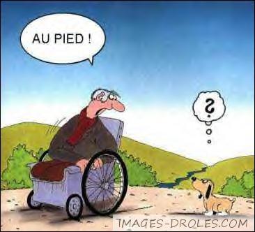 Où a-t-on eu l'idée de faire un fauteuil roulant pour les handicapés en 525 avant J-C ?