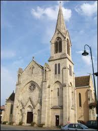 Voici l'église Saint Jean-Baptiste, dans la commune aquitaine de Cocumont. Elle se situe dans le département n°