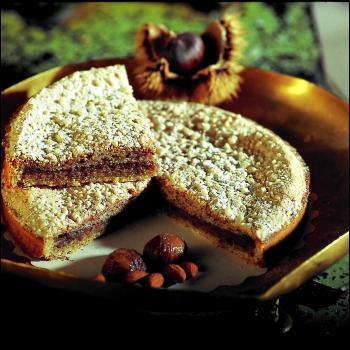 Aux écorces d'oranges et aux châtaignes, il faut ajouter le secret de deux pâtissiers pour obtenir ce gâteau appelé :