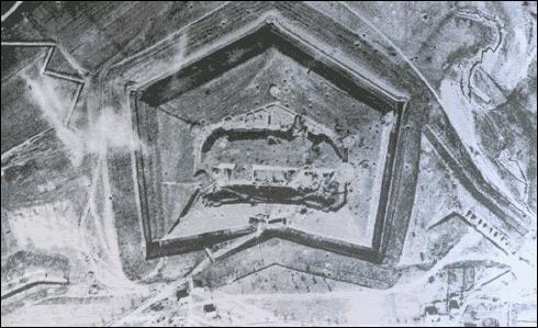 À quelle date la prise du fort de Douaumont marque le succès de la contre-offensive française ?
