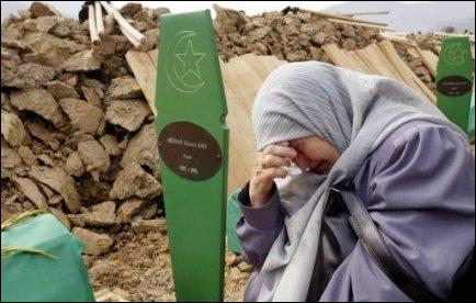 Combien de civils furent tués durant le long siège meurtrier, le plus long connu par l'Europe depuis la fin de la Seconde Guerre mondiale ?