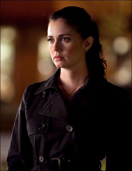 Qui a transformé Isobel en vampire ?