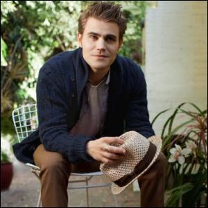 De qui Stefan a-t-il eu la visite lors de son anniversaire ?